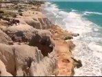 OPÇÃO de TURISMO no CEARÁ  Praia do Morro Branco