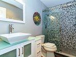 The 2nd full bath has also been completely renovated in an exquisite modern style.