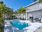 Private TIki Oasis. Hot Tub & Pool. Plenty of Furniture, Pool Toys, & Gas Grill. Beach Breeze Too :)