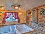 Fall in love with the city of Hot Springs in this 1-bedroom, 1-bathroom vacation rental villa.