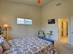 All 3 bedrooms house queen-sized beds and flat-screen TVs.