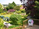 A huge clourful garden. A great place for families and friends and for celebrations and weddings