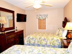 Guest bedroom, private bath, 2 queen beds, new coverlets