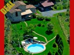 Aereal view of Private Tuscany Villa Cetopino with pool and jacuzzi