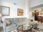 Upscale 2BD/2BA apartment along Columbia River