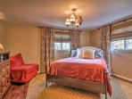 Retreat to the master bedroom to rest your head on the soft queen bed.