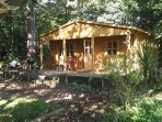 Suffolk Glamping: The Woddland Lodge in the Summer-time