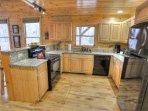 Kitchen w Granite