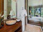 Villa Sawarin Cape Yamu Phuket - Bedroom 1