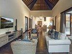 Avalon III - Stylish living area