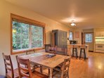 Try out your culinary creations at the 6-person dining table.