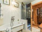 Guest bath clawfoot tub