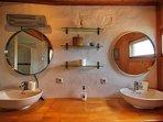 Ensuite bedroom 1 Girasol