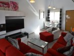 55' Full 4K HDtv/Soundbar  English channels & free Wifi.  (32'TV in Master Bed) Comfy furniture.
