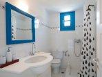 Captain's Home-ART 2d bathroom