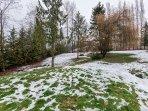 Huge 1 acre (43,000 sqft) private backyard!