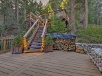 Be sure to explore all of the cabin's fun outdoor spaces.