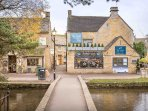 The cottage is located in the heart of Bourton-on-the-Water