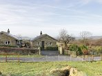 BRIDGE END, woodburner, open-plan, countryside views, Ref 971349