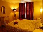 Chambre avec lits simple juxtaposés