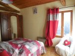 Deuxième chambre double lit en 140cm