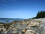 The rocky shoreline and beach at Rockland Cottage