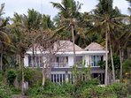 Impressive 2-storey villa in the middle of palm trees