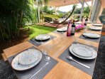 Table à manger extérieure