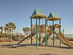 If you're traveling with kids you'll be happy to find a community playground nearby!