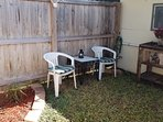 Relax: Fully enclosed, private patio. Texan beer cooler.