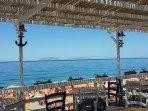 Ristorante sul mare, 150 mt da casa