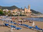 Playas de Sitges a solo 25 kim