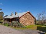 Daylesford Escapes - Tuki Stone cottages