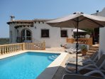Beautiful villa with private pool, air con in bedrooms, wifi, stunning views.