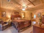 Luxiourius Master King Bedroom