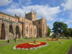Visit historic Dunfermline Abbey