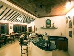 Living+Bar Area