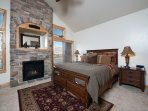 Master / king with gas fireplace / tv