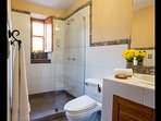 Ensuite Bathroom (Bedrooms 2 / 3)