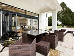 Versatile outdoor space for entertaining