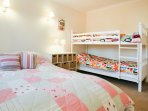Family bedroom with double bedroom with bunk beds