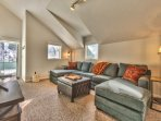 Loft - Level 4 - with Sleeper Sofa, 55' Smart TV, and Private Deck with Hot Tub