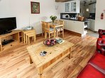 Open plan lounge/kitchen/diner