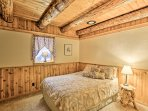 You're ensured a restful night on the queen bed in this downstairs bedroom.