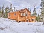 'Three Bears Lodge' comfortably sleeps 10 travelers.