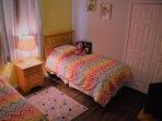 Twin room, closet & flat screen TV & DVD