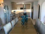 Fully equipped kitchen with dining room
