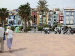 Agradable paseo hasta el puerto deportivo y de pesca