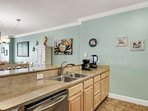 Great Kitchen with everything you need!
