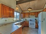 Prepare your favorite meals in the fully equipped kitchen!